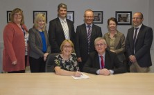 Galway University Hospital sign contract to implement new electronic based patient record system